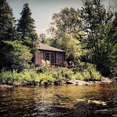 If we had this house for the weekend, the only thing moving would be the river.  Source: Instagram user gerard_manning