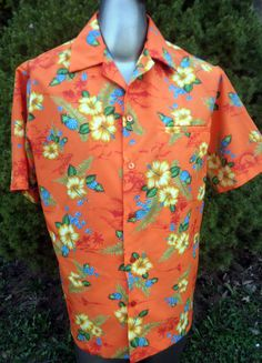 5ce06568e Etsy の Vintage Men's Hawaiian Shirt c1970 by VioletVStudio Yellow Hibiscus,  Hibiscus Flowers, Wedding