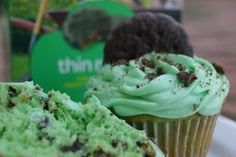 Thin Mint Chocolate Chip Girl Scout Cookie Cupcakes