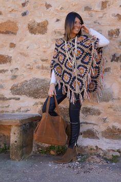 Crochet Cardigan, Crochet Shawl, Crochet Top, Crochet Hooks, Hippie Crochet, Crochet Circles, Moda Boho, Boho Look, Crochet Fashion
