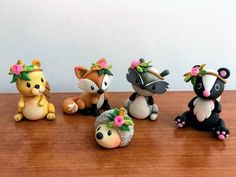 Brand new Woodland cake topper creatures Set specially made Polymer Clay Charms, Polymer Clay Projects, Clay Crafts, Woodland Cake, Woodland Party, Cold Porcelain Flowers, Christmas Clay, Clay Figurine, Clay Flowers
