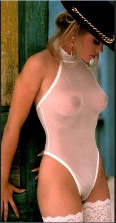 Celeb Erika Eleniak Nude Shots Png