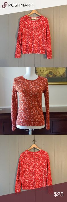 """Loft Orange & White Print Wool Blend Sweater 🍂 Super soft and cozy sweater! Can easily be dressed up or down. Fun print! Armpit to armpit is 18"""". Length is 23.5"""". Offers are welcome. ☺️ LOFT Sweaters Crew & Scoop Necks"""