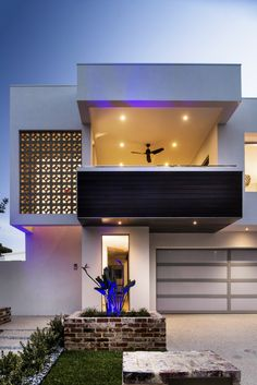 Cozy Home Designs with Creative Decoration Ideas: Nice House Architecture Plan Idea Applied In The Empire House Design With White And Black . Beautiful Architecture, Contemporary Architecture, Villa, Modern Exterior, Exterior Design, Style At Home, Residential Architecture, Interior Architecture, House Architecture