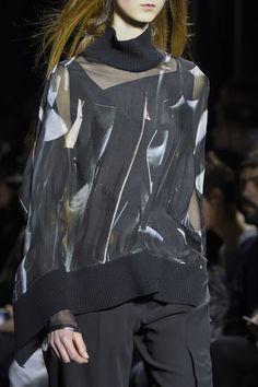 Ann Demeulemeester at Paris Fashion Week Fall 2016 - Details Runway Photos