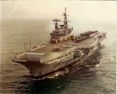 HMS Hermes (R12), Florida,1981. Navy Times, Royal Navy Aircraft Carriers, Falklands War, Flight Deck, Navy Ships, Power Boats, Submarines, Historical Pictures, Battleship