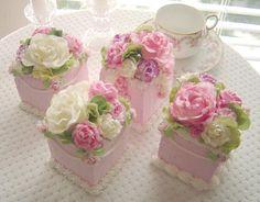mini gâteaux fleuris / mini floral cakes