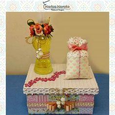 Kit Aromatizador Spray Rosa Veja mais detalhes no site: http://marizamorato.com.br/produto/kit-aromatizador-rosa/ Whats App (11) 99655 9145