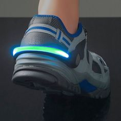 Are you up to some outdoor sport by night? Then, don't forget to wear your GoFit security LED light clip for running shoes! http://www.justgoodle.com/en/sports-equipment/6234-gofit-security-led-light-clip-for-running-shoes.html