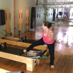Playing with some skater #lunges on the outside of the reformer.  This is still a balance exercise, but variations like this are often easier to give to the client who has fear of heights or who doesn't feel secure standing on the carriage. It is important to always have options to make clients feel comfortable so they can succeed. Keep the weight heavy enough for a challenge, but not so heavy your standing leg can't support you. ✨✨✨✨✨✨✨✨✨✨✨✨✨✨✨ #fitness #fit #workout #motivation #gym…