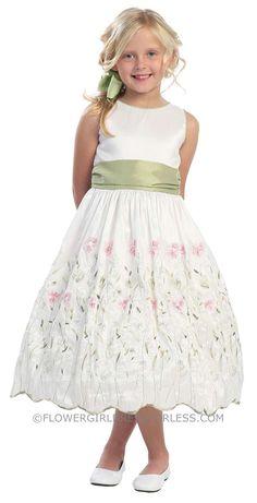 c00d80f0e802 23 Best Green Flower Girl Dresses images
