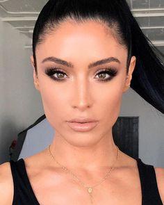The Best Smokey Eyes Makeup Seen On Celebrities Natalie Eva Marie Smokey Eye Makeup Look, Smokey Eyeshadow, Red Lip Makeup, Eye Makeup Tips, Makeup Tools, Eyeshadow Makeup, Makeup Ideas, Makeup Tutorials, Makeup Emoji