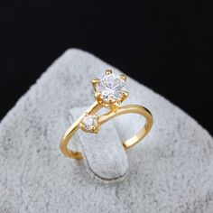 Delicate Two Zircon Inlay Jewelry Ring 18K Gold Plated Copper Finger Ring Full Sizes