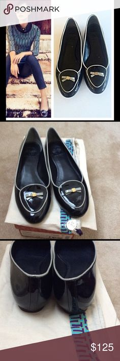 Tory Burch Dakota Loafer in Navy EXCELLENT condition on the top, slight wear noted in the bottom.  Comes in original box and dust bag. Tory Burch Shoes Flats & Loafers