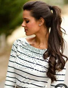 Simple Pony Office Hairstyles for Women