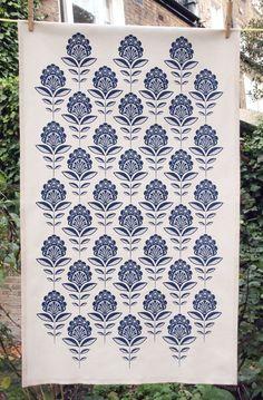 Brighten up the kitchen with this Art Deco inspired set of floral print tea towels. An original unique design hand printed onto unbleached Motifs Textiles, Textile Prints, Pattern Art, Print Patterns, Paisley Pattern, Stitch Patterns, Pattern Design, Estilo Art Deco, Fabric Stamping