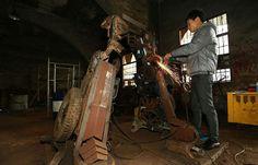 des sculptures de transformers réalistes en recyclage  2Tout2Rien