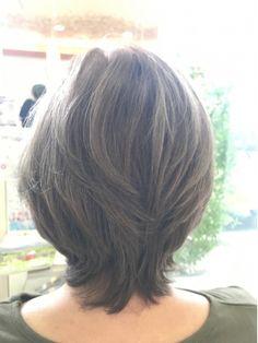 Pin on 髪 Asian Short Hair, Medium Short Hair, Medium Hair Styles, Short Hair Styles, Short Bob Hairstyles, Cool Hairstyles, Thin Hair Cuts, Medium Layered Haircuts, Hair Trends