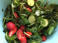 Sometimes you just have to keep it simple.   Mix baby kale, mini cucumbers, cherry tomatoes and strawberries in a bowl.   Dress it with EVOO, himalaya pink salt and black pepper.   Enjoy and happy salad eating!
