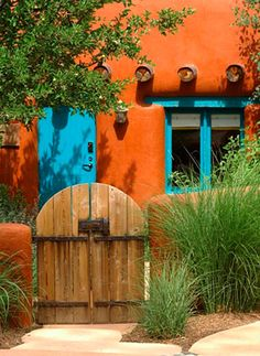 No Sign-in required to view all Adobe Homes in Santa Fe. Santa Fe Real Estate provides the most current list of homes for sale in Santa Fe. Southwest Style, Southwestern Home, Southwest Decor, Southwestern Paintings, Exterior Paint, Exterior Design, Exterior Doors, Style Hacienda, Adobe Haus