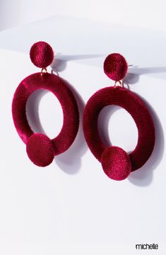 Aretes de moda, #terciopelo rojo Diy Jewellery, Jewelry, Textiles, Crochet Earrings, Zara, Boho, Fashion, Ear Rings, Models