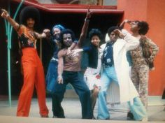 Looks like Fred of Lakeside fame, Mary, Dennis and Sheryl when asked to pose for a soul train pose in Hollywood, I remember. Soul Train Dancers, Space Boy, 70s Aesthetic, Tribe Of Judah, Grown Women, Young Black, Queen, Just Dance, My Memory