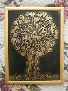 """Discover additional relevant information on """"metal tree art diy"""". Take a look at our website. Metal Tree Wall Art, Scrap Metal Art, Metal Artwork, Metal Art Projects, Metal Crafts, Key Projects, Button Art, Button Crafts, Tableau Pop Art"""
