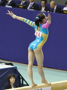 イメージ 26 Gymnastics Photos, Gymnastics Photography, Sport Gymnastics, Artistic Gymnastics, Olympic Gymnastics, Gymnastics Leotards, Female Dancers, Female Gymnast, Female Athletes