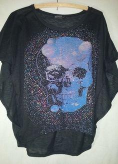 Kup mój przedmiot na #vintedpl http://www.vinted.pl/damska-odziez/bluzki-z-krotkimi-rekawami/12303568-czarna-czaszka-i-cekiny