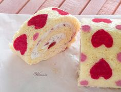 Hearts Patterned Roll Cake