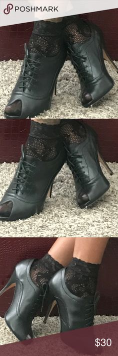 STEVEN PEEPTOE BOOTIES 9 New. New Steven By Steve Madden Shoes Ankle Boots & Booties