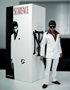Enterbay Scarface 1:6 Scale Figure