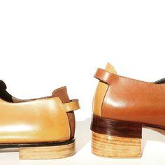 Tacones #aldanondoyfdez #shoes #shoeporn #shoemaker #zapatos #chaussures #cordonnier #botier #schuster #footwear #fashion #moda #design #leather #leathershoes #oxfordshoes #blucher #derbyshoes #artisan #handmade #handcrafted #handmadeshoes #bespoke #bespokeshoes #mensshoes #menswear #womenshoes #womensfashion #unisex