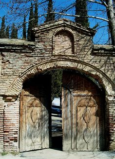 Gate, Ninotsminda (Sighnaghi), Eastern Georgia by David, via Flickr