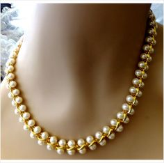 """$8.00 Napier faux pearl gold tone necklace 17"""" pre-owned very pretty on eBid United States"""