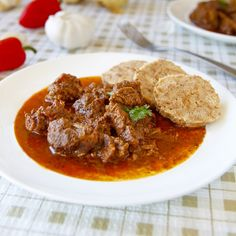 Fitness recepty z masa Curry, Lunch, Beef, Ethnic Recipes, Fitness, Lasagna, Meat, Curries, Eat Lunch
