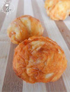 Palline di pizza fritte al pomodoro e parmigiano