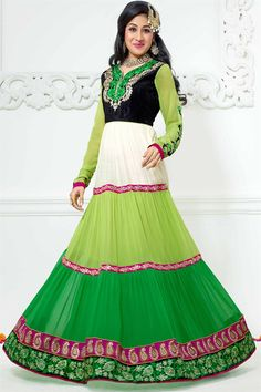 An Anarkali salwar suit is a form of women's dress which has recently made its way back to the Indian fashion scene. The anarkali suit is made up of a long, frock-style top and features a slim fitted . Robe Anarkali, Costumes Anarkali, Anarkali Churidar, Designer Suits Online, Indian Designer Suits, Designer Dresses, Designer Wear, Latest Anarkali Suits, Salwar Suits