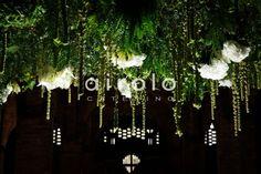 Increíble el techo floral de este brunch en la prewedding de S&L! #brunch #catering #wedding #decoración #love #inspiration