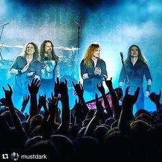 Best Guitar Players, Cool Guitar, Metallica, Fans, Concert, Megadeth, Concerts