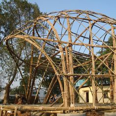 vo trong nghia obras - Buscar con Google Bamboo Architecture, Tropical Architecture, Sustainable Architecture, Sustainable Design, Art And Architecture, Bamboo Roof, Bamboo House, Bamboo Garden, Bamboo Structure