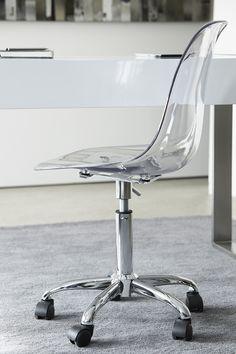 ATELIER Bouclair, Métropolitain - Metropolitan. Découvrez la nouvelle collection de meubles de Bouclair Maison - Bouclair Home introduces its new furniture collection.