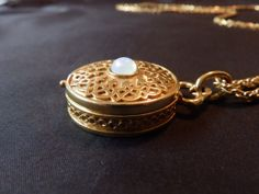 Gorgeous Locket Style Gold Tone Necklace by TheJewelryCabinet, $37.50
