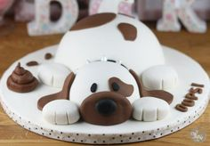 Oups, le chien en pâte à sucre - Féerie cake Fancy Cakes, Cute Cakes, Dog Cakes, Cupcake Cakes, Gateau Cake, Puppy Cake, Cakes For Boys, Cake Tins, Food Humor