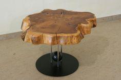 Tisch aus Baumscheibe