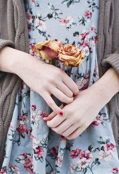Vintage Floral Dress Floral Dresses Floral Dress Outfit Ideas CAn I Buy Vintage Floral Dresses Dresses Dresses Floral Dress Knit Cardigan Cute Fashion, Modest Fashion, Look Fashion, Vintage Fashion, Womens Fashion, Fall Fashion, Just Girly Things, Look Vintage, Vintage Floral