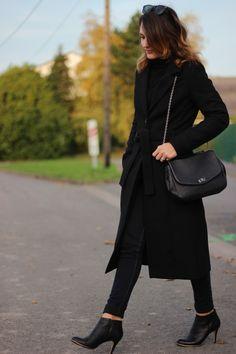 Maxi coat Black coat Yuliyamodeuse