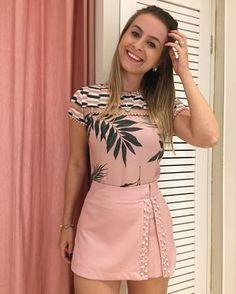 """1,122 curtidas, 23 comentários - Dona Lolla  summer outfits for teens fashions) no Instagram: """"Bom dia sexta feira!!!!! Começando o dia assim: toda romântica haha compre pelo 17 99662 7404…"""""""