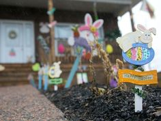 Nasty neighbour note didn't stop Nova Scotia family from embracing 'tacky' Easterdecor