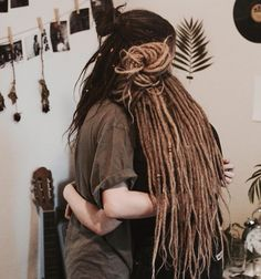 "Páči sa mi to: 2,656, komentáre: 9 – sharing the love of dreads  (@dreadtribe) na Instagrame: ""photos shared by @dreadsmadewithlove of @niemandmussnuchternsein & @peaceinourminds"""